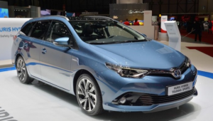2019 Toyota Auris Hybrid Price, Specs, Release date