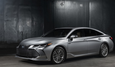 2019 Toyota Avalon Hybrid New Style, Redesign, Improved Efficiency