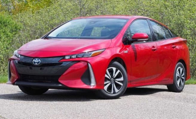 2021 Toyota Prius Redesign, Release Date, Interior, Price
