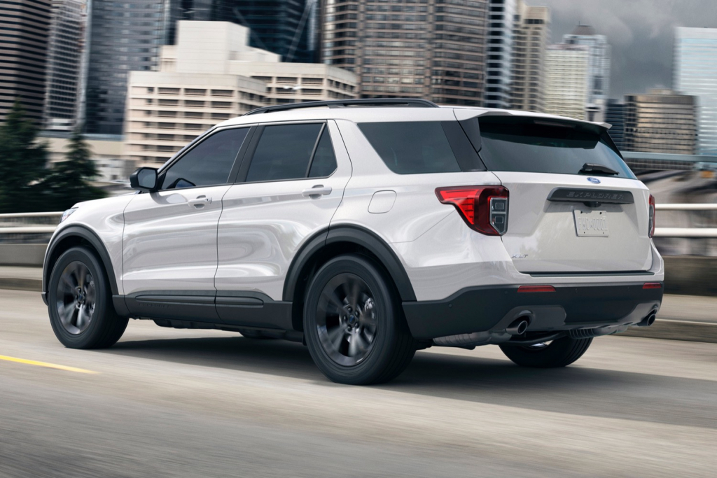 2021 Ford Explorer XLT Spy Shots