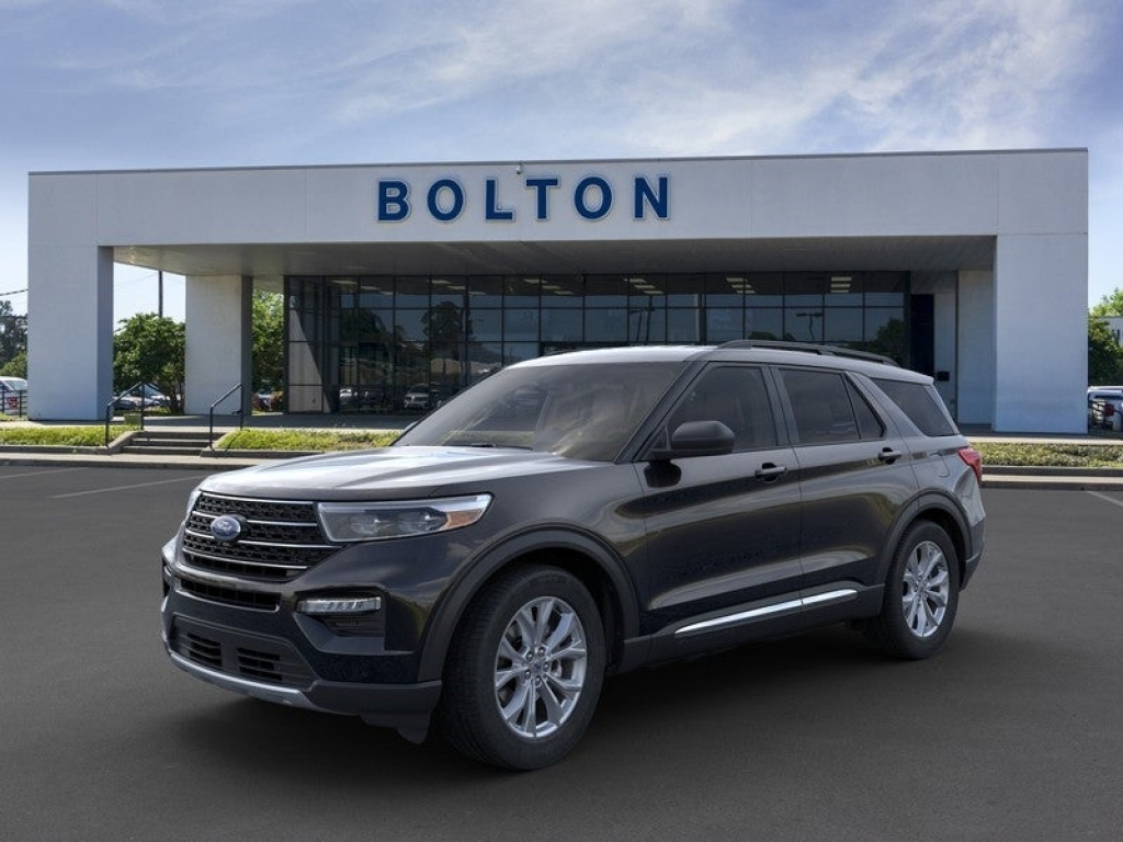 2021 Ford Explorer XLT Wallpapers