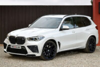 2021 BMW X5 M Wallpaper
