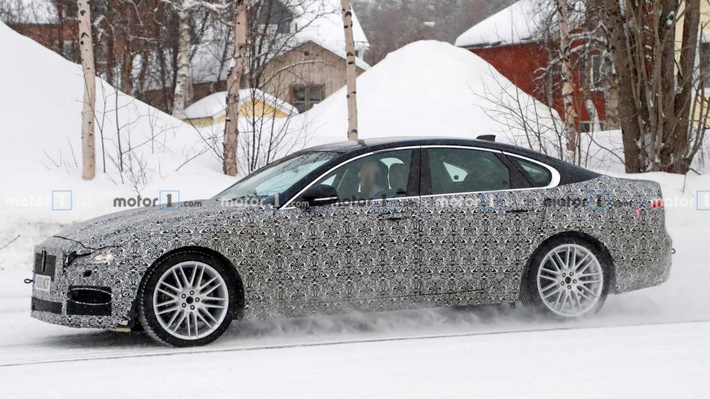 2021 Jaguar XE Exterior